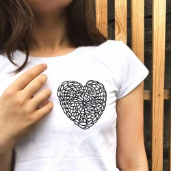 "T-shirt ""Crochet heart"""