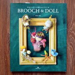 Hamanaka Book Brooch & Doll